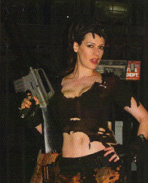 Sexy Zombie-Killer Paget