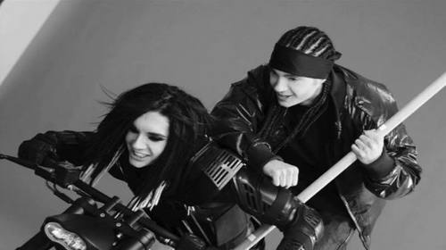 Bill Kaulitz achtergrond called Tokio Hotel xP