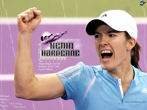 Justine Henin-Hardenne in màu hồng, hồng Court Victory