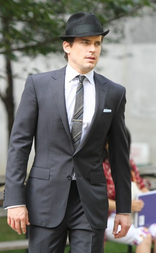 White Collar Onset - white-collar Photo