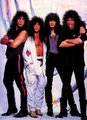kiss 1990