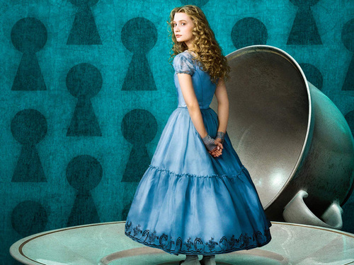 mia wasikowska (Alice k) wallpaper - alice-in-wonderland-2010 Wallpaper