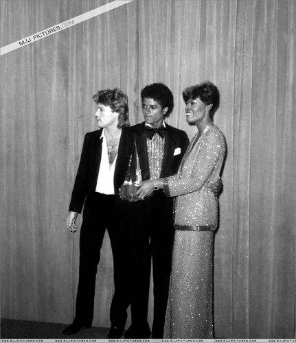 michael jackson the king of pop :)