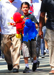 paris prince and blanket at six flags