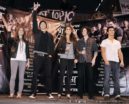 twilight the cast