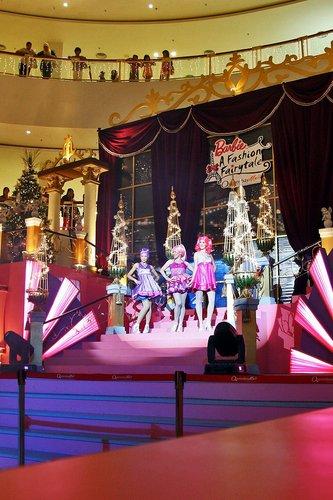 [Barbie: A Fashion Fairytale] Live mostra