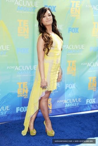 AUGUST 7TH – 2011 Teen Choice Awards