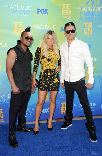 Apl.de.ap,Fergie and Taboo