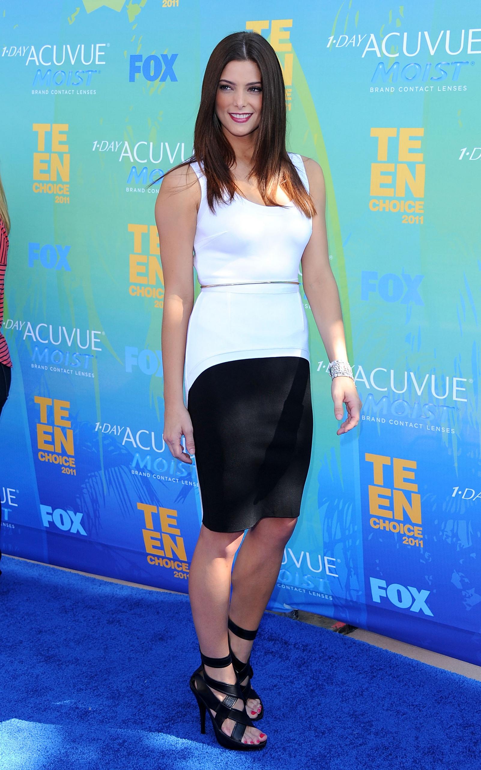 Ashley Greene at the Teen Choice Awards 2011 [HQ]