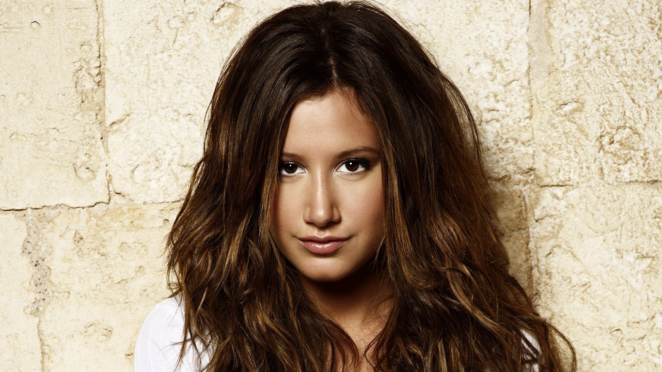 ashley tisdale 4 wallpapers - photo #23