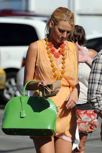 Blake Lively and Chace Crawford on the Set of Gossip Girl in Venice, CA, Aug 4