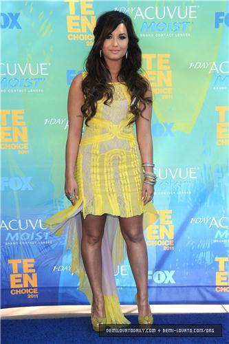 Demi - Teen Choice Awards - August 07, 2011