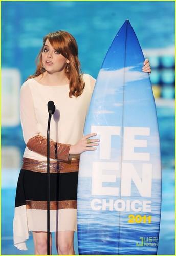 Emma Stone - Teen Choice Awards 2011 Presenter!