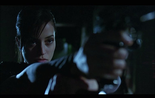 Emmanuelle Vaugier - House of the dead