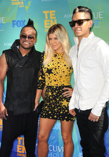 Fergie,Apl.de.ap and Taboo