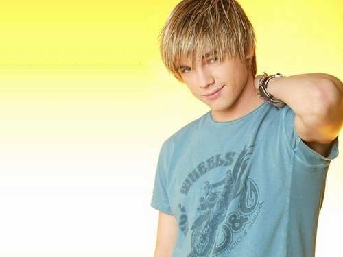 Jesse McCartney wallpaper containing a jersey called Jesse