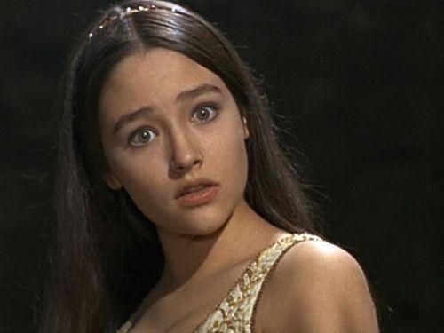 Juliet (Capulet) Montague चित्रो