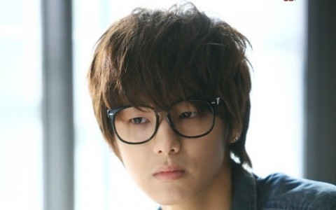 Min Hyuk as Yeo Joon Hee