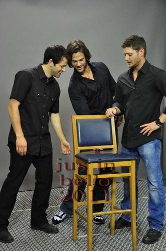 Misha(Cas), Jared(Sam), and Jensan(Dean)