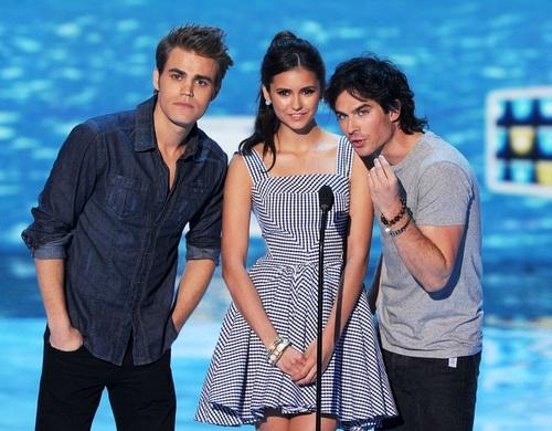 Paul - Teen Choice Awards - montrer - August 07, 2011