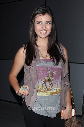 Rebecca Black poses for 사진 after Katy Perry 음악회, 콘서트 in L.A, Aug 5