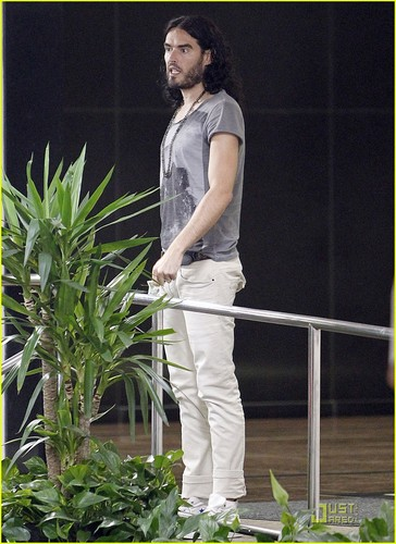 Russell Brand: Lunch datum In Beverly Hills!