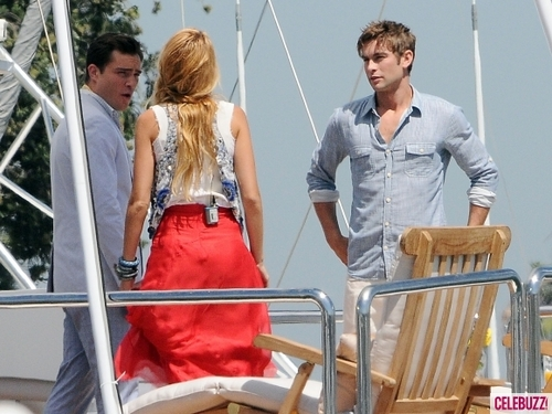 Gossip Girl fond d'écran titled Season 5 - Set photos