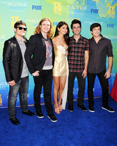 Selena - Teen Choice Awards - August 07, 2011