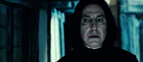 Harry Potter And The Deathly Hallows Part 2 karatasi la kupamba ukuta titled Severus Snape
