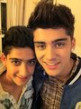 Sizzling Hot Zayn Means plus To Me Than Life It's Self (U Belong Wiv Me) Wiv Cousin! 100% Real ♥