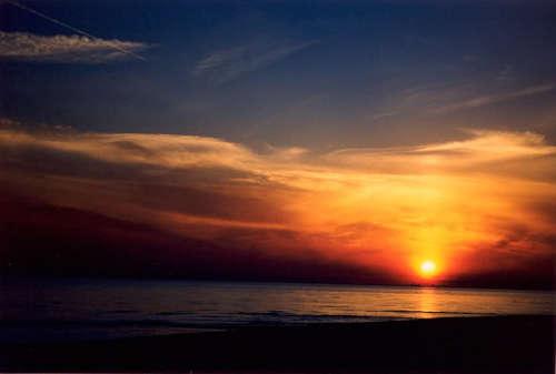 Sun & Water تصاویر