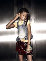 Willow Smith Hintergrund possibly with a hip boot, hot pants, hot-pants, and a rock entitled WilloW