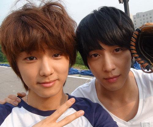 Yong Hwa and Min Hyuk