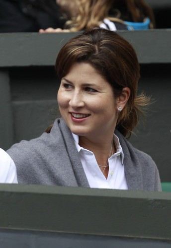 mirka-federer-the-wife-of-roger-federer-of-switzerland-sits-on-centre