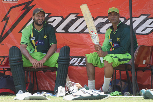 Shahid Afridi wolpeyper probably with a wicket called shahid afridi