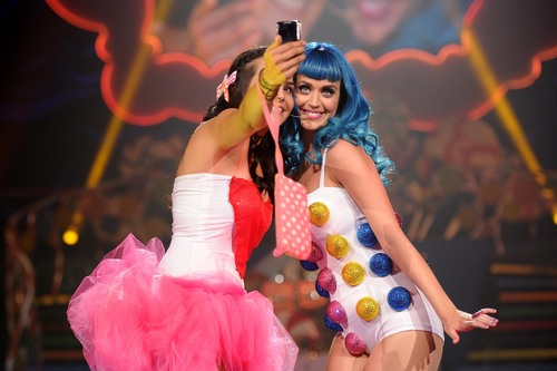 """California Dreams Tour 2011"" LA 05 08 2011"