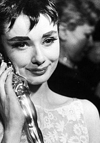 Audrey Hepburn and her Oscar