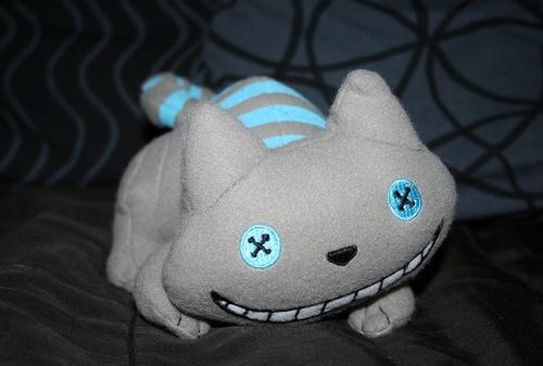 Cheshire Cat plushie