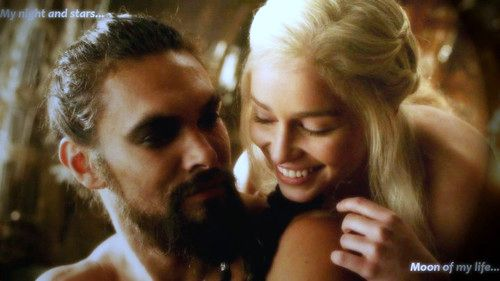 Daenerys Targaryen fond d'écran containing a portrait entitled Daenerys Targaryen and Khal Drogo