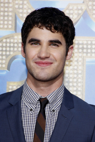 Darren Criss kertas dinding with a business suit, a suit, and a three piece suit entitled Darren