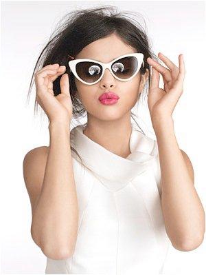 Dream Out Loud's mga litrato - Selena - Glamour Magazine Sept 2011