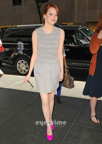 Emma Stone arrives at the Regis and Kelly Show in NY, Aug 11