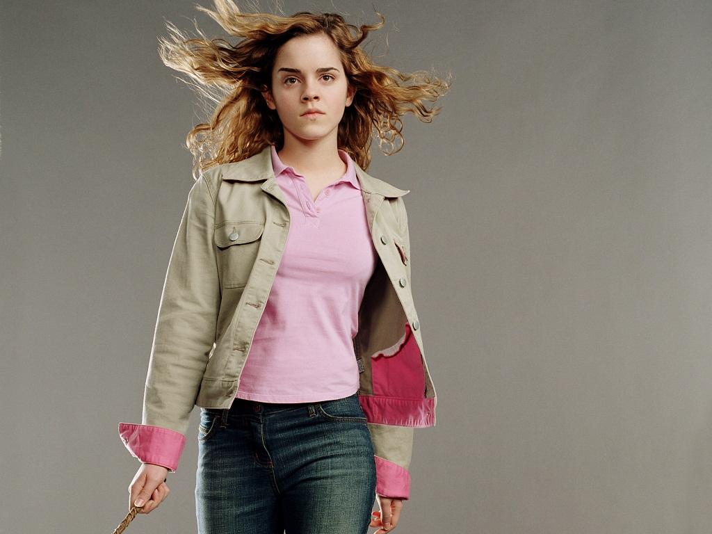 Hermione Granger Wallp...