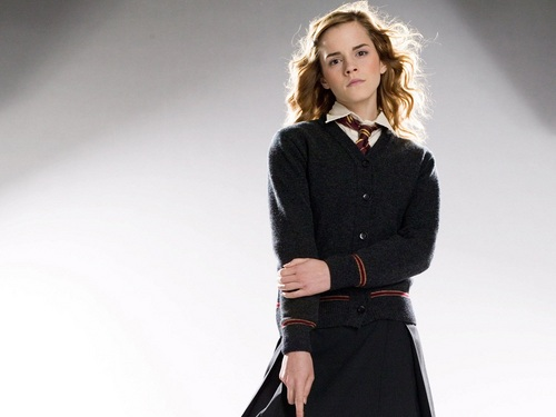 Hermione Granger wallpaper with a well dressed person called Hermione Granger Wallpaper