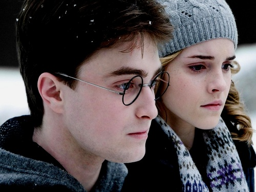 Hermione Granger karatasi la kupamba ukuta