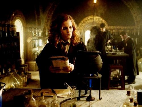 Hermione Granger hình nền