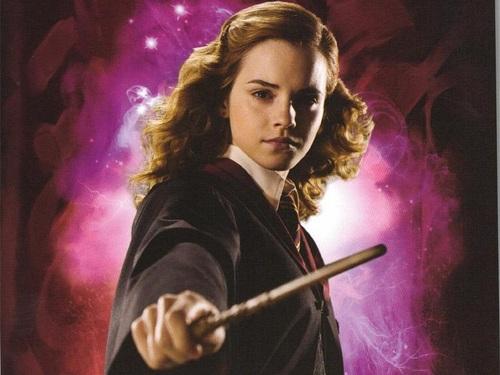 Hermione Granger kertas dinding