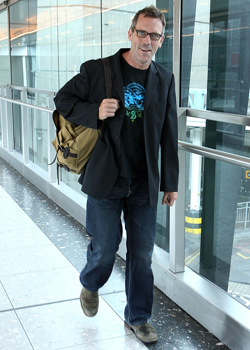 http://images4.fanpop.com/image/photos/24400000/Hugh-Laurie-hugh-laurie-24437495-500-700.jpg