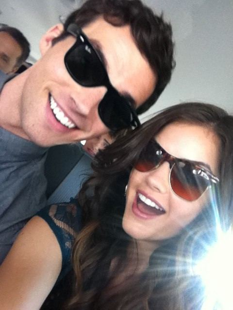 Who is aria from pretty little liars dating in real life