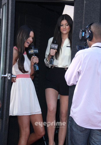 Kendall and Kylie Jenner: Glee 3D Premiere in Westwood, Aug 6